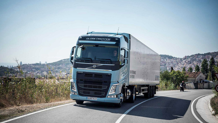 Volvo Trucks is now introducing Euro 6-compliant heavy duty trucks