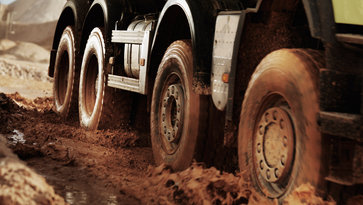 Volvo FMX with automatic Traction Control