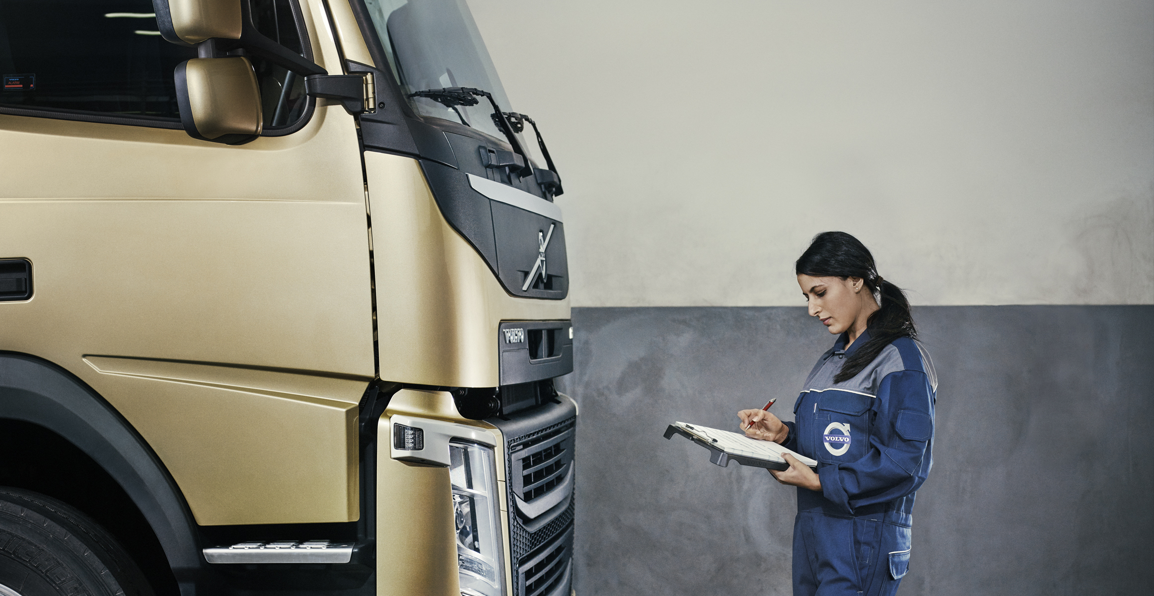 sheptonmalletvolvoweb volvo photos dealers trucks commercial