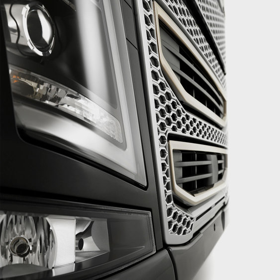 Volvo FH16 aero-led design
