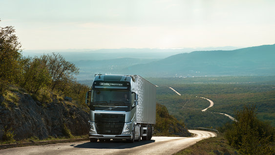 Volvo FH going up hill