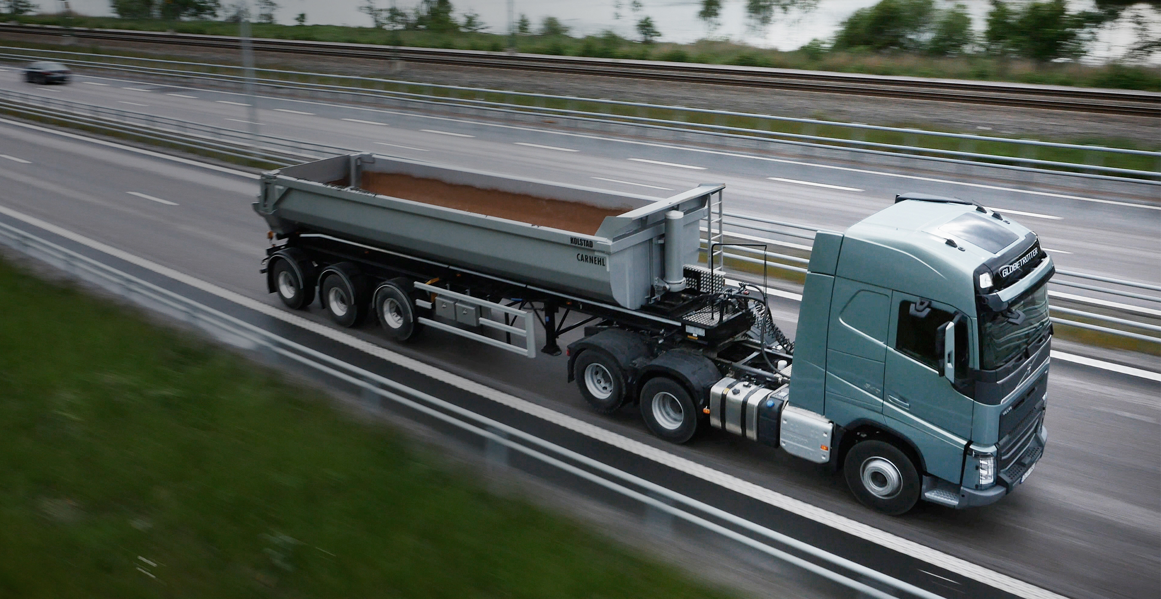 X Tandem Axle Lift Volvo Fh Truck On Road on Volvo Truck Air Suspension Diagram