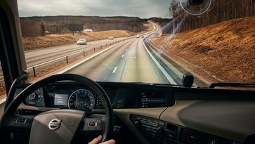 Volvo Dynamic Steering with Lane Keeping Assist