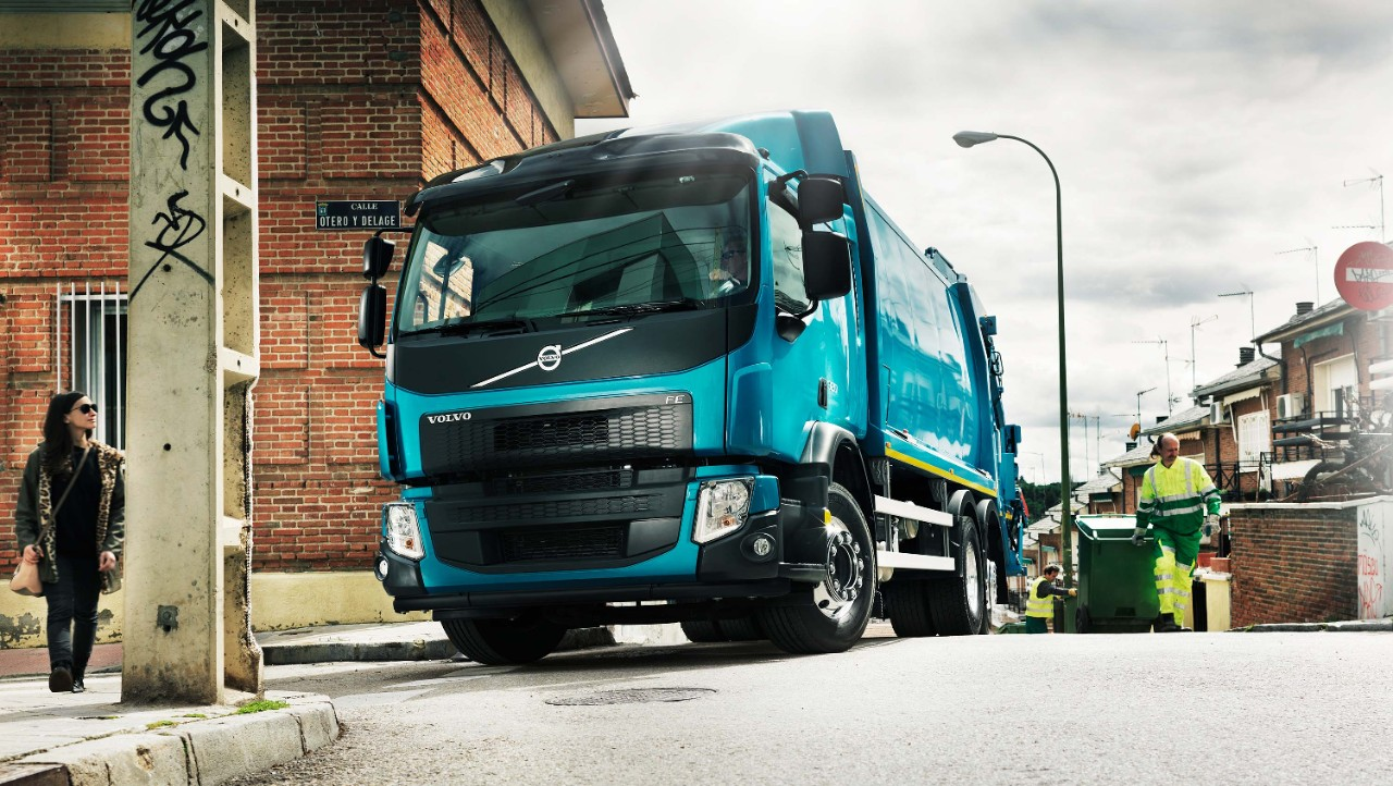 The gas-powered Volvo FE CNG is optimised for urban assignments.