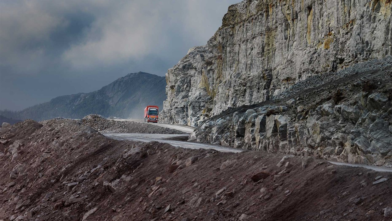 Autonomous Volvo FH driving at the Brønnøy mine