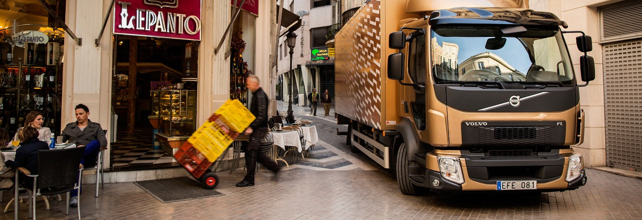 Volvo FL in grocery delivery