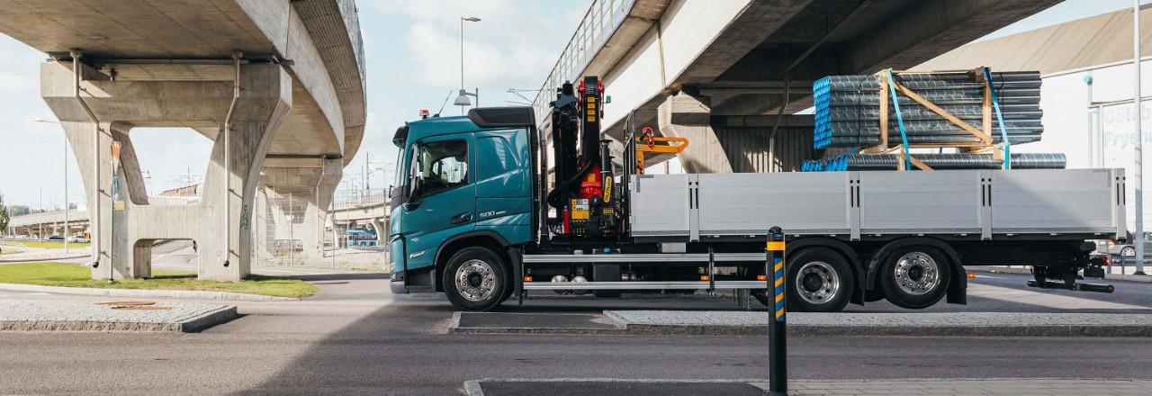 Ваш Volvo FM может обеспечить поддержку множества конфигураций осей, вариантов колесной базы и высоты шасси для различных нужд.
